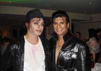 the-king-of-rock-meets-the-king-of-pop-kent-september-2013